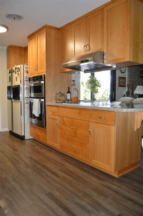 cost custom kitchen cabinets how much are custom cabinets custom cabinet prices how 5884