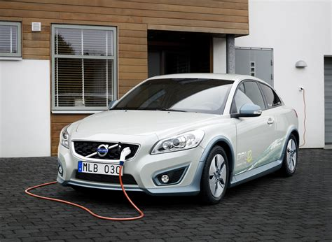 Electric Auto by Detroit Auto Show Preview Volvo C30 Electric Car