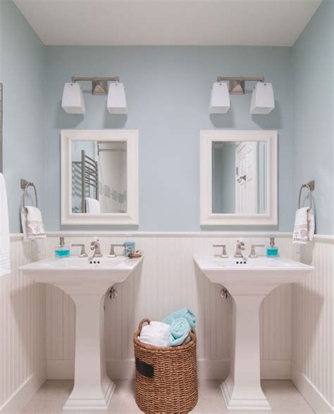 Wainscoting Bathroom Ideas by 39 Of The Best Wainscoting Ideas For Your Next Project
