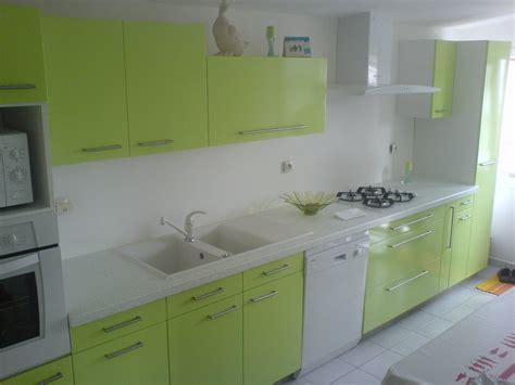 peinture cuisine vert anis comment peindre les meubles de cuisine avec de la résine