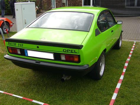 opel kadett 1976 heckansicht eines opel kadett c rallye 1977 1979 opel