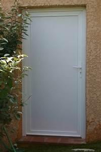 Porte Service Pvc : porte de service en pvc blanc panneau sandwich isolant lisse ~ Melissatoandfro.com Idées de Décoration
