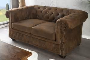 Chesterfield 2 Places : luxusn dvoj seda ka vintage chesterfield 2 seda ky eshop ba ~ Teatrodelosmanantiales.com Idées de Décoration