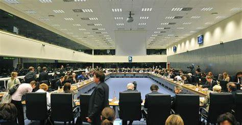consiglio dei ministri dell unione europea diavolo 232 il consiglio dei ministri dell unione europea