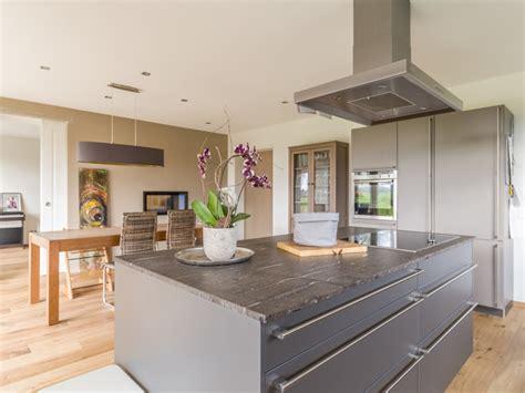 Moderne Wohnküche In Anthrazit