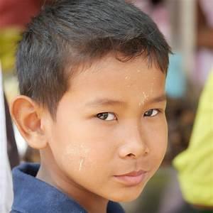 Frisur Kleinkind Junge : kostenlose foto person menschen haar junge m nnlich portr t buddhismus asien ~ Frokenaadalensverden.com Haus und Dekorationen