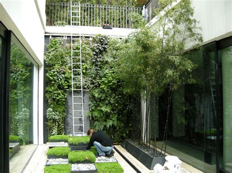 Vertical Garden Project by The Designcanopy Design Page 2