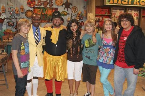 cast of the suite life on deck sitcoms online photo