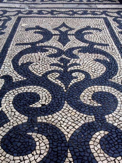 pebble mosaic jeffrey bale s world of gardens pebble mosaic for the garden