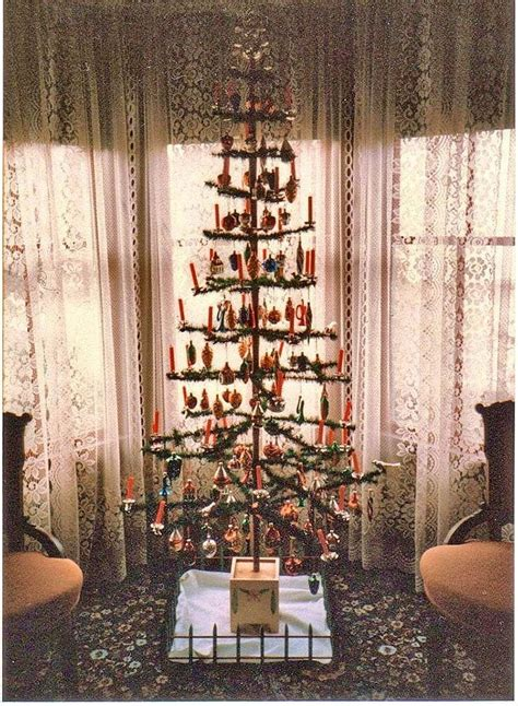 fashioned christmas tree  style oldhouseguy blog