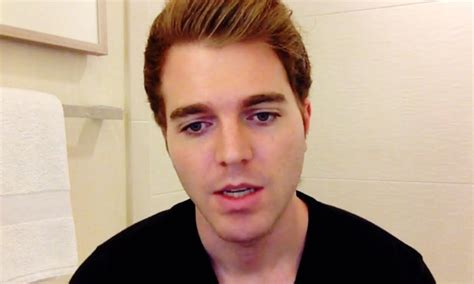 What Kind Of Camera Does YouTuber Shane Dawson Use? VG