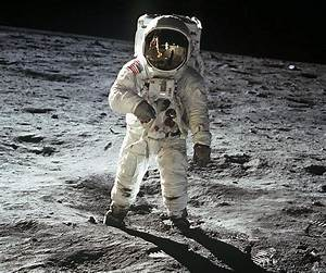 First Moon Landing Apollo 11 - Pics about space