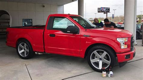 This Heroic Dealer Will Sell You A New Ford F-150