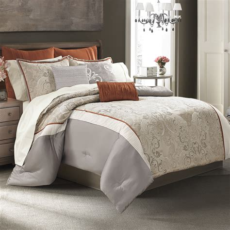 Design Your Bedding by Create Your Own Designer Bedding Style That Will Impress