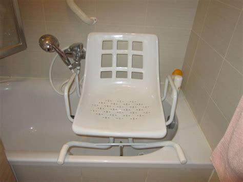 siege pivotant pour baignoire baignoires occasion annonces achat et vente de baignoires paruvendu mondebarras page 12