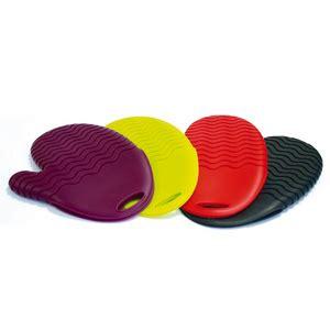 gant cuisine silicone gant de cuisine en silicone violet maison futée
