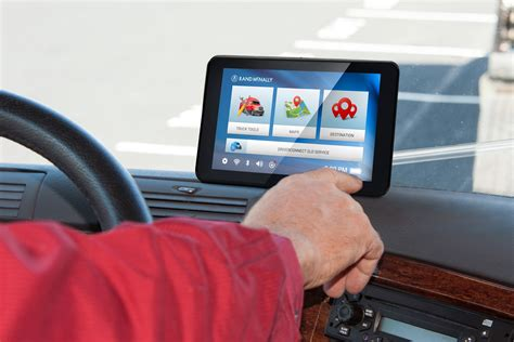 drivers  carriers allowed  mount gps  windshields