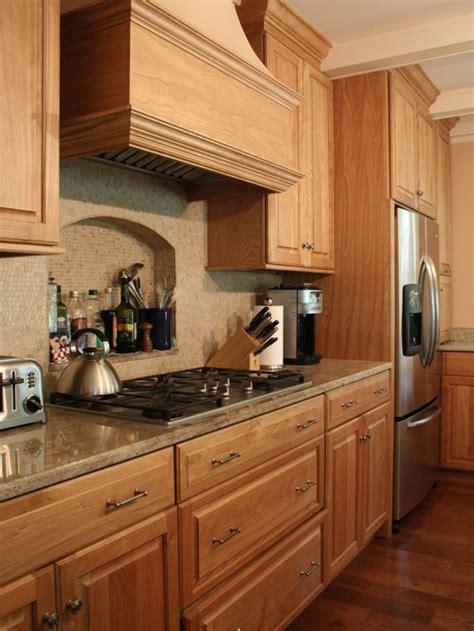 oak kitchen design ideas best oak kitchen cabinets design ideas remodel pictures