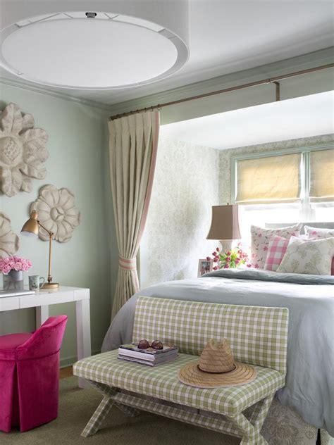 Cottagestyle Bedroom Decorating Ideas Hgtv