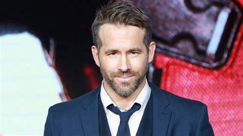 Read more about reynolds's life and career. Ryan Reynolds Postpones Arm Surgery to Promote 'Deadpool 2' in China | Entertainment Tonight