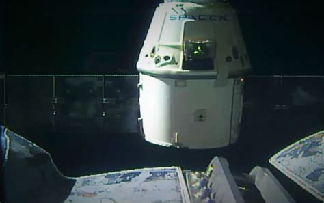 SpaceX Dragon returns astro-mice to Earth – GeekWire