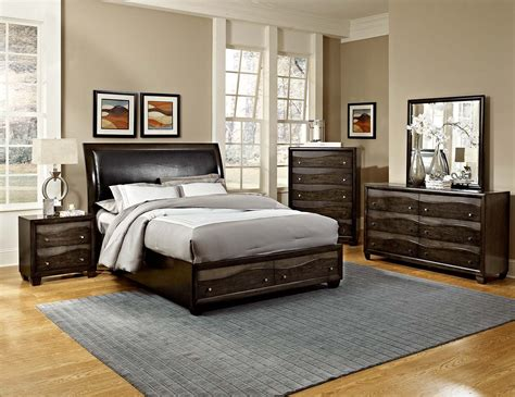 Homelegance Redondo Platform Bedroom Set