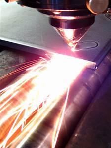 Métal à La Découpe : aum lec sarl d coupe laser acier aluminium inox plastique ~ Dode.kayakingforconservation.com Idées de Décoration
