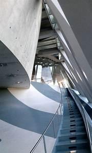 Musée Mercedes Benz De Stuttgart : interior mercedes benz museum germany ~ Melissatoandfro.com Idées de Décoration