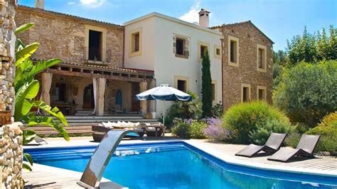 Villa A Louer A Barcelone Avec Piscine Villa Feliz Villa 224 Louer 224 Barcelone A Proximit 233 De
