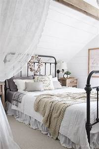 4, Easy, Tips, To, Make, Your, Bedroom, Feel, Cozy