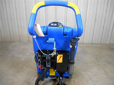 Clarke Floor Scrubber Battery Charger by Used Clarke 17 Inch Vantage Floor Scrubber Autoscrubber W
