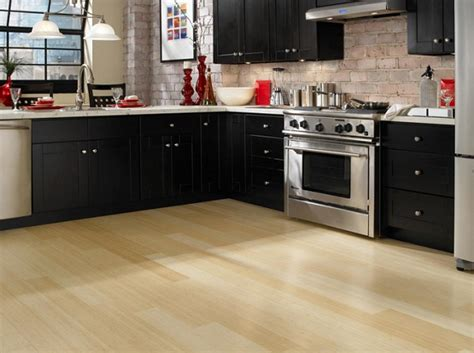 black laminate flooring for kitchens laminate flooring best color to match flooring 7892