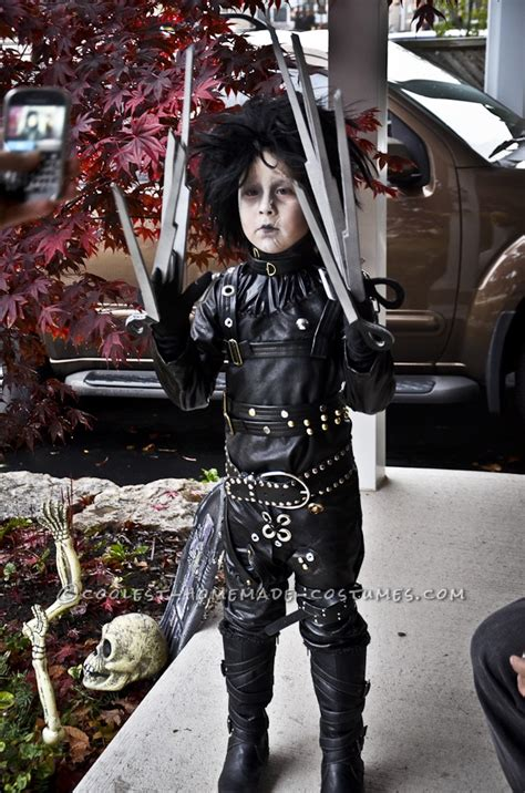 epic homemade edward scissorhands halloween costume   boy