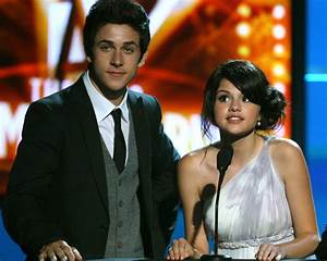 David Henrie's Wedding Was a 'Wizards' Reunion: Selena ...
