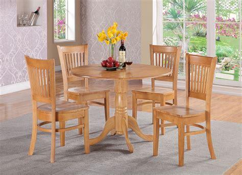 oak kitchen table  chairs kitchen wallpaper