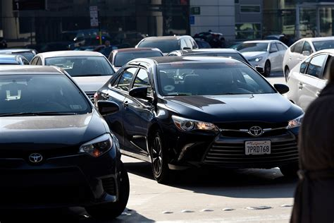 Uber, Lyft Cars Clog Sf Streets, Study Says