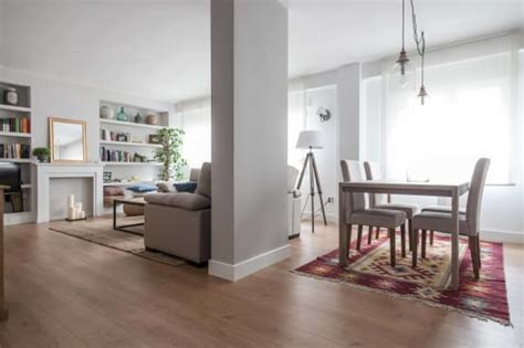 adding  rug  dining table sets    homify