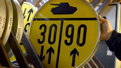 was bedeuten gelbe was bedeuten die gelben panzerschilder vor br 252 cken load classification auto