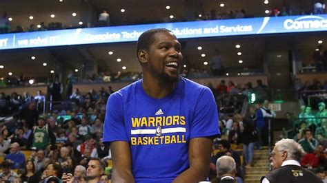 kevin durant fan page kevin durant has spent months quietly roasting a warriors