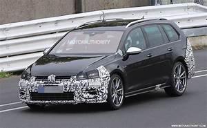 Volkswagen Golf 2018 : 2018 volkswagen golf r variant spy shots and video ~ Melissatoandfro.com Idées de Décoration