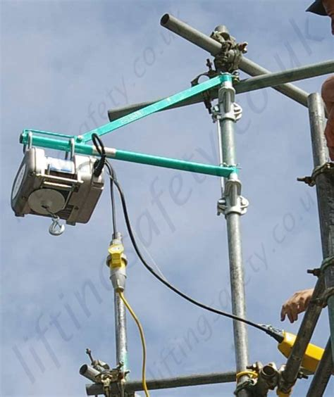 Boat Lift Electrocution by Imer Rio100 Scaffold Hoist 220 Or 110v 20m Working