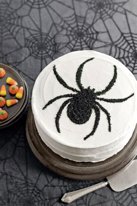 49 Creative Creepy And Spooky Halloween Cakes  Young Craze
