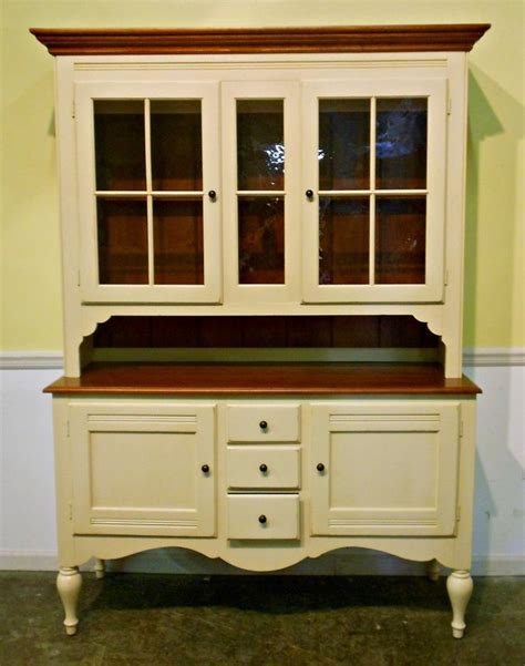 Hutch Painting Ideas by Ethan Allen Painted Furniture Ethan Allen Maple