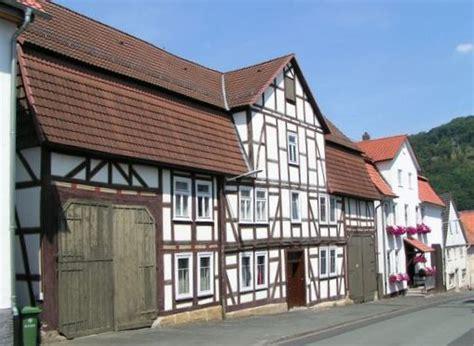 Altes Haus Kaufen Oder Neu Bauen  ökohaus Calden Baut Das