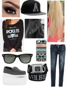 Skater girl   Clothing   Pinterest   Girls and Skater girls