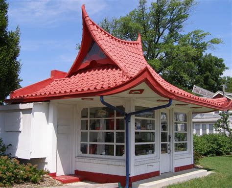 pagoda roof gas stations roadsidearchitecture com