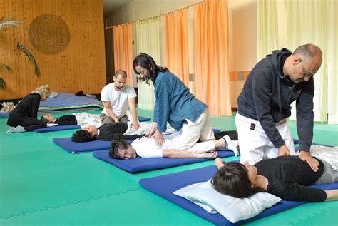 si鑒e shiatsu corsi shiatsu base centro benessere