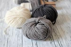 Buchstaben Aus Pappe : wollbuchstaben yarn wrapped letters diy kathastrophal ~ Sanjose-hotels-ca.com Haus und Dekorationen
