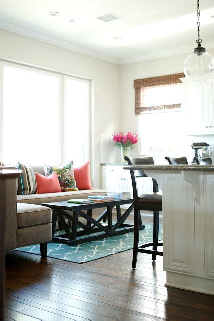 sitting area in kitchen instead of table 25 best ideas about kitchen sitting areas on