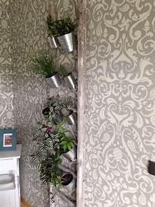 Alte Leiter Deko : alte leiter farbig anstreichen und alte konservendosen an die sprossen schrauben fertig ist die ~ Watch28wear.com Haus und Dekorationen